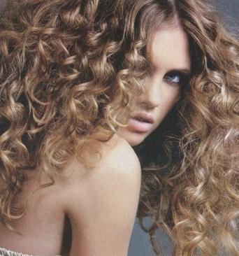 Diez peinados para pelo rizado Diario de Ibiza