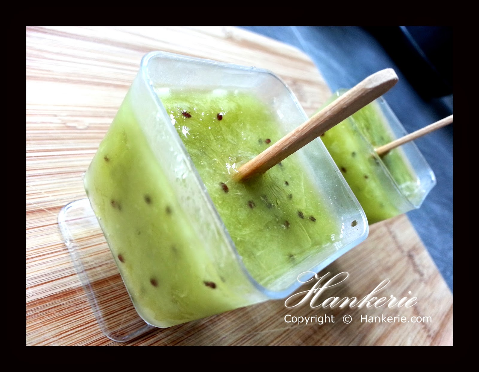 mini kiwi popsicle for party hankerie. Black Bedroom Furniture Sets. Home Design Ideas