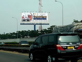 penyedia jasa rental dan pembuatan Billboard reklame di tol bandara