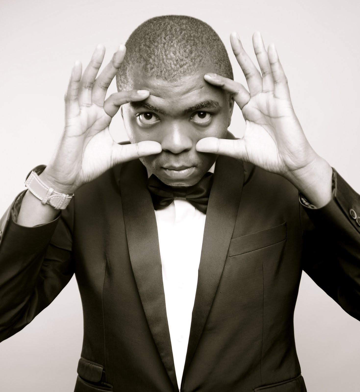 loyiso gola life and times download