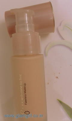 LAKME NINE TO FIVE FLAWLESS FAIRNESS FOUNDATION REVIEW