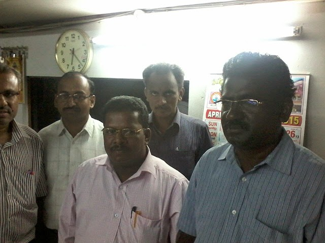 TNPPGTA DINDIGUL OFFICE BEARERS WITH HR.SEC. CEO PA  TO CONVEY THIER WISHES.