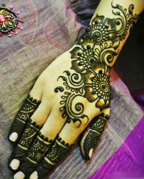 Ben noto Designs of Mehndi 2014 for Eid On Foot Simple Dresses on Hands on  EE13