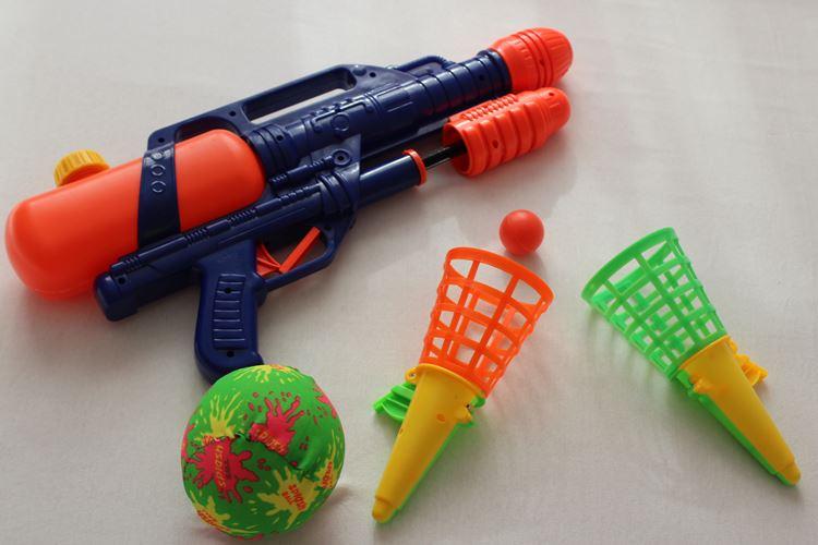 Strandspielzeug, Wasserspritzpistolen
