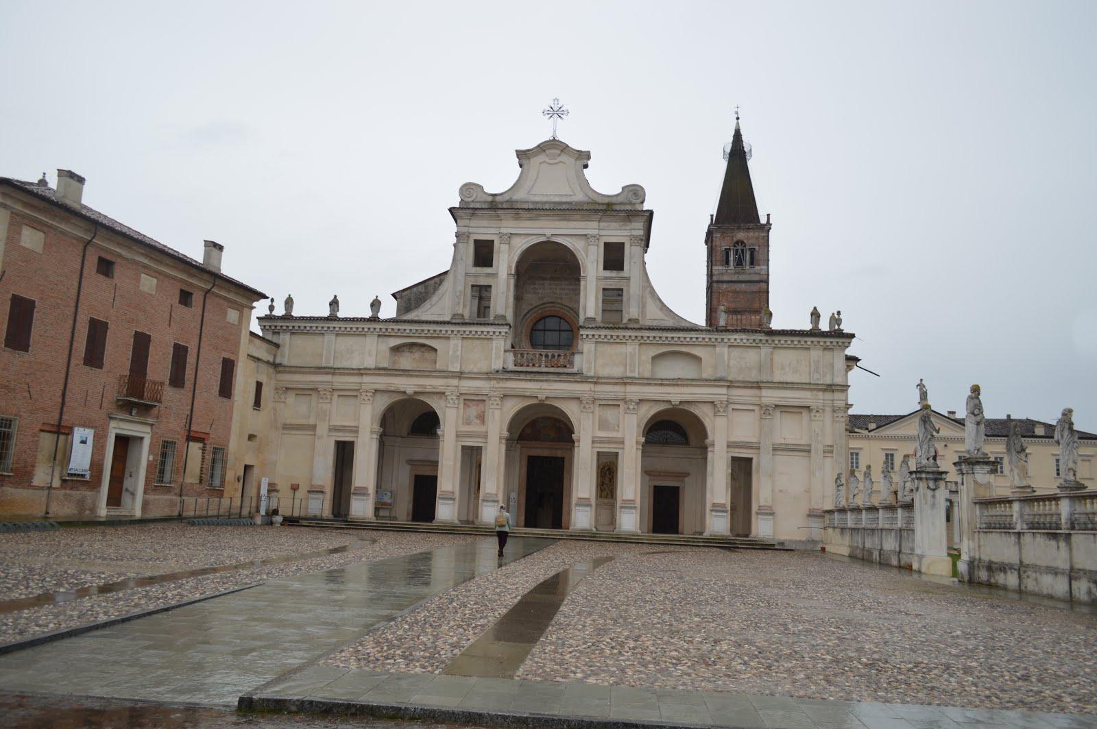 Catedral de San Benedetto Po