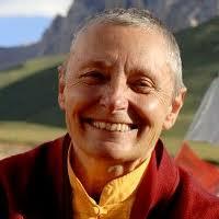 Breve Biografía de Tenzin Palmo. Mujeres que hacen la historia. Mujeres del siglo XX, Biografia de Tenzin Palmo. Biografia de mujeres de la historia