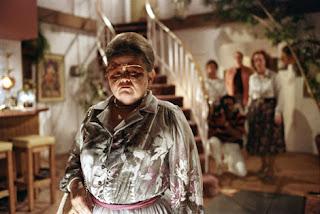 midget, best movie character, carol anne, poltergeist midget, haunted house