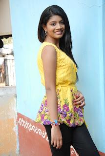 new heroine praksha sri Pictures 002