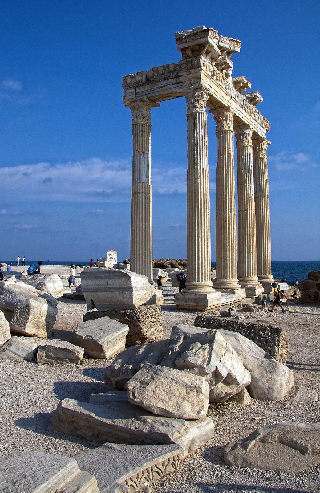 HellonEarth - Photoblog: Temple of Apollo, Side, Turkey