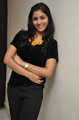 Kruthika at Vinavayya Ramayya press meet-thumbnail-8