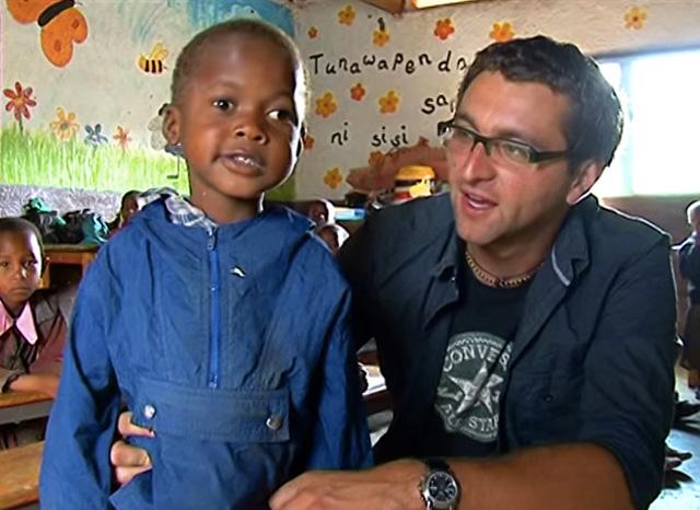 Putopisci Krešo Raguž i Zoran Marinović snimili su 2009. prilog o misionaru fra Miri Babiću