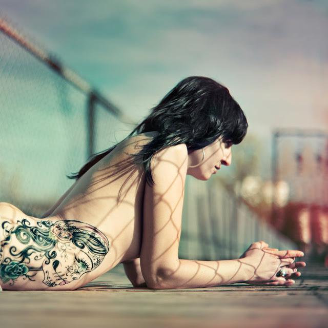 Dónde no tatuarse: los peores lugares del cuerpo
