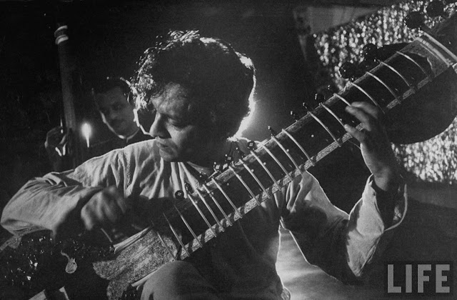Ravi Shankar sitar concert black and white