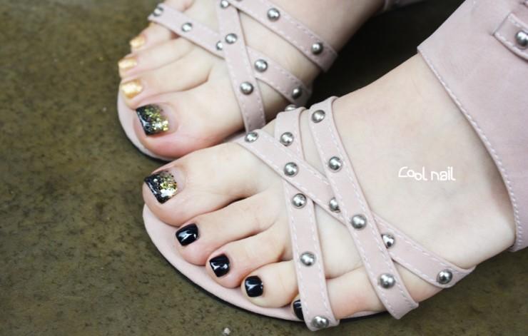 Black Polish Pedicure Gold And Black Gel Pedicure