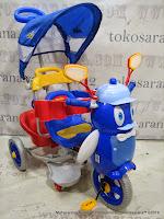 Sepeda Roda Tiga Family F9457T Penguin Sandaran Tangan Seri Bintang dan Suspensi