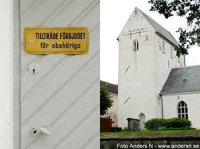 stora herrestad, stora herrestads kyrka, tillträde förbjudet, stängd kyrka, skåne, foto anders n