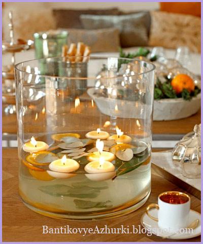 плавающие свечи в вазе для декора новогоднего стола