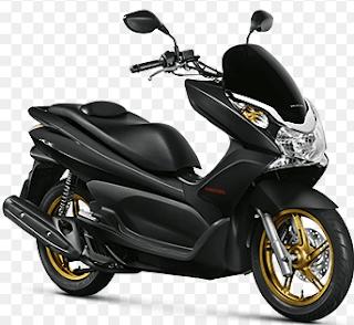 Penampilan teranyar ini makin memperkuat posisi Honda PCX juga sebagai motor skutik premium di Indonesia