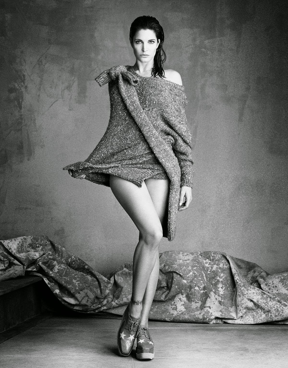 Stephanie-Seymour-Perfect-Icon-Vogue-Japan-September-2014