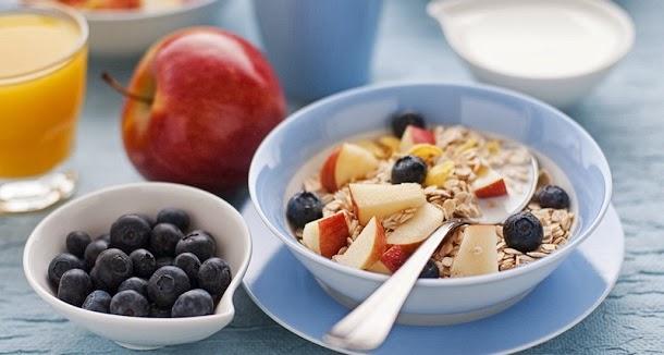 4 razões para não saltar o pequeno almoço