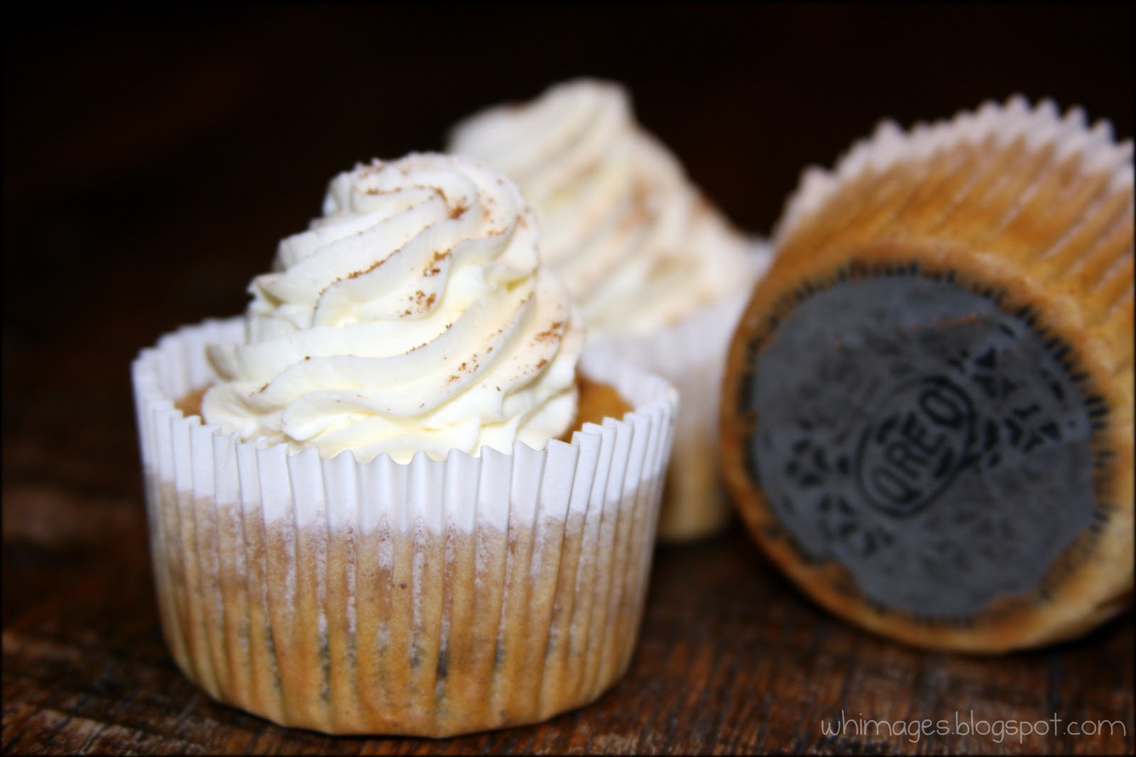 WHIMAGES: Mini Pumpkin Cheesecakes