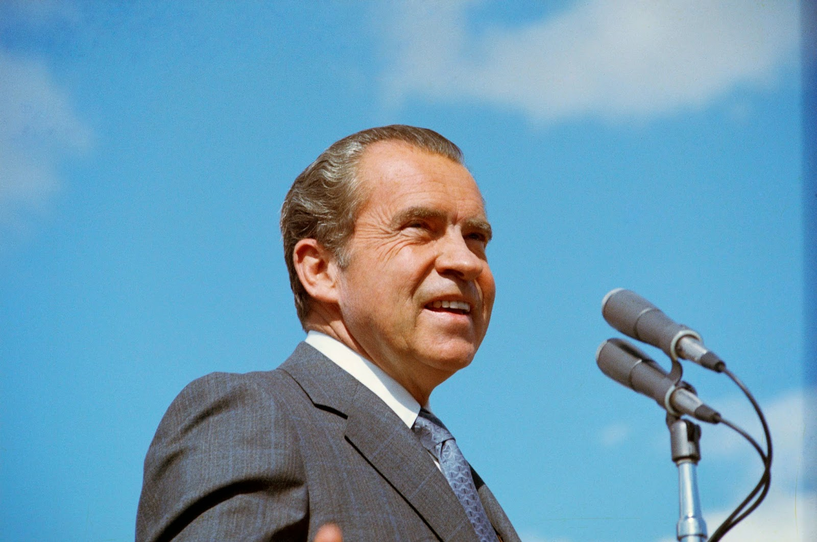 the journey of richard nixon to become the 37th president of the united states Richard nixon was elected the 37th president of the united states (1969-1974) after previously serving as a us representative and a us senator from california after successfully ending .