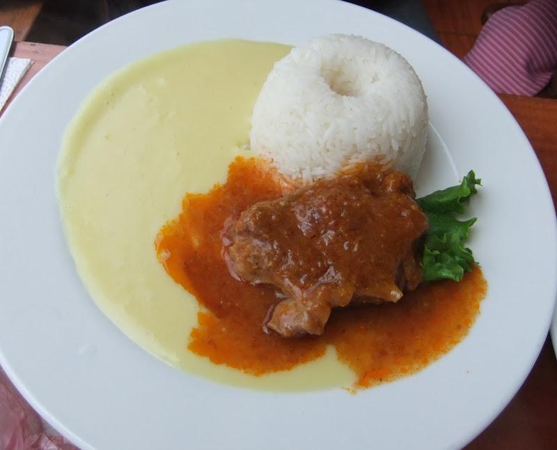 foto de puré con asado imagen de un plato de puré con asado comida ...