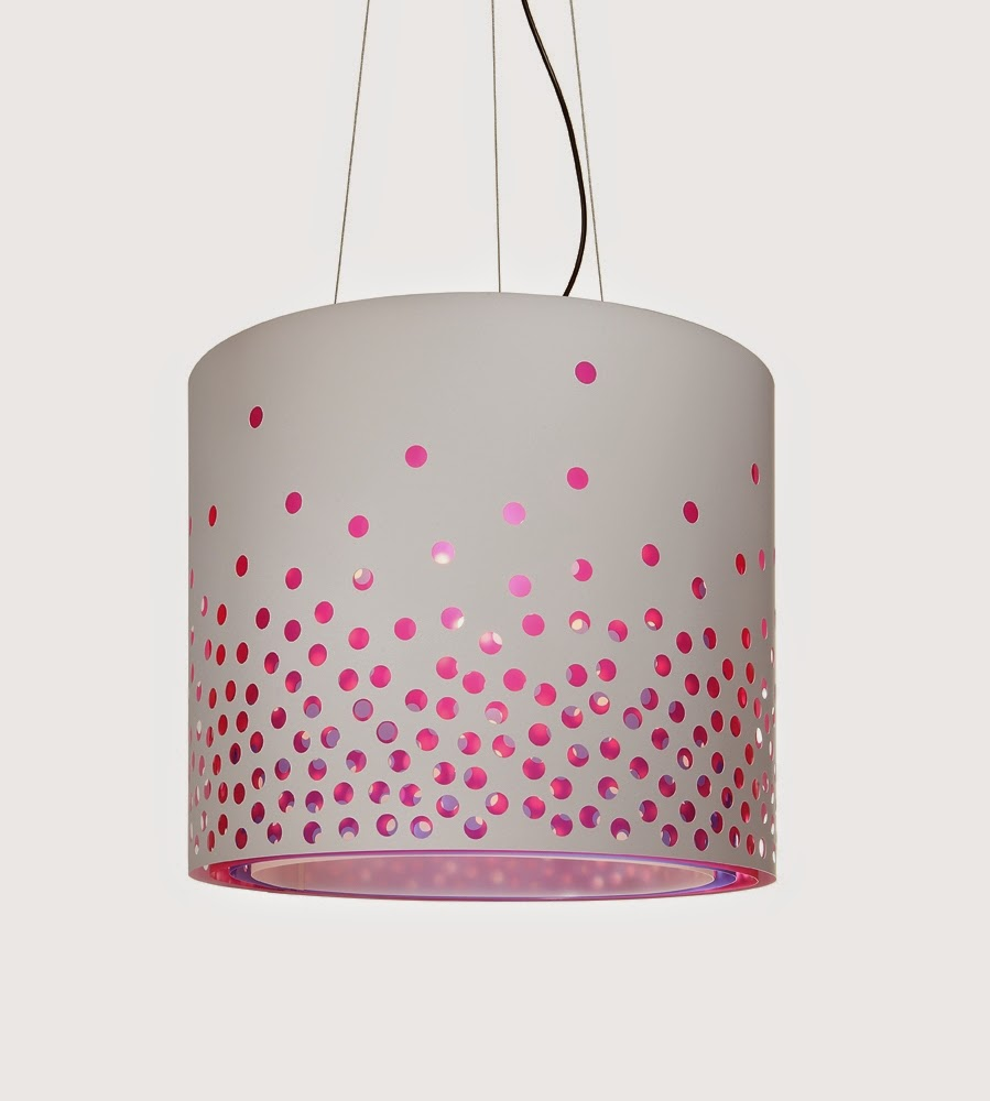 01-Maud-Vantours-Find-More-uses-for-Paper-www-designstack-co