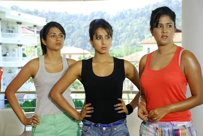 Mugguru Movie Hot New Stills wallpapers