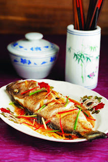 Chinese-Heritage-Cooking-Fish-Steamed-Cantonese-wholefish-Singapore