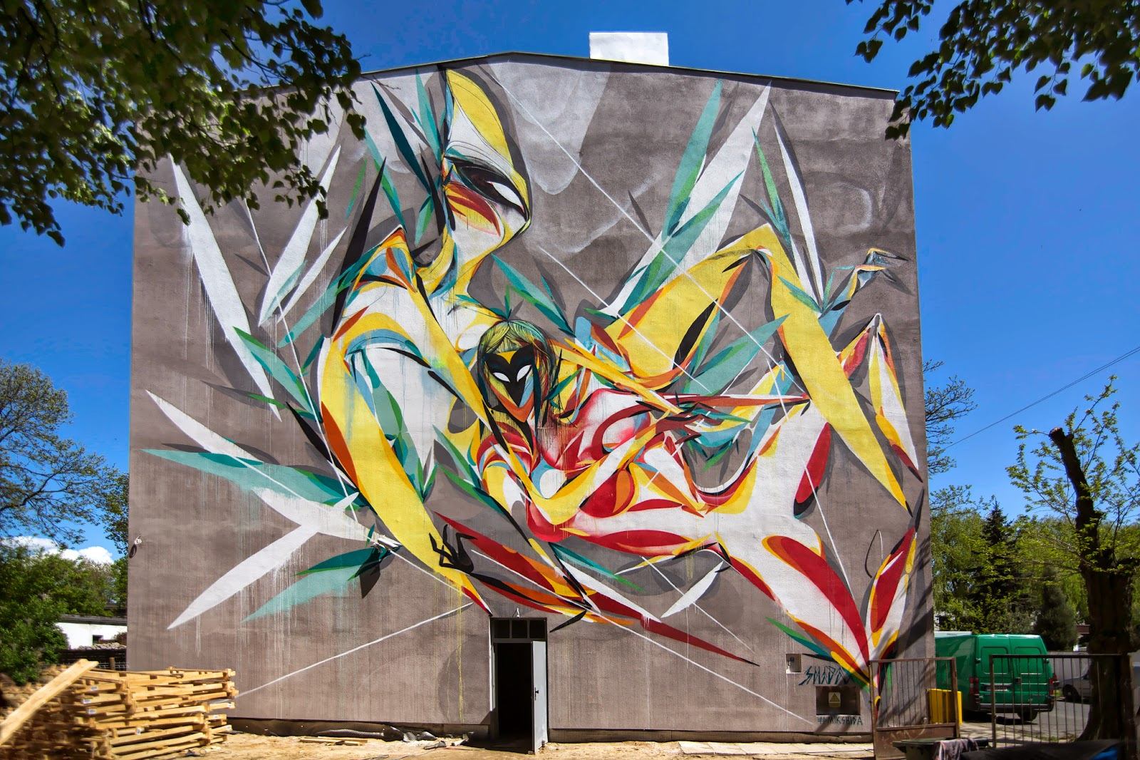 Shida Paints A New Mural For Urban Forms 15 In Lodz Poland