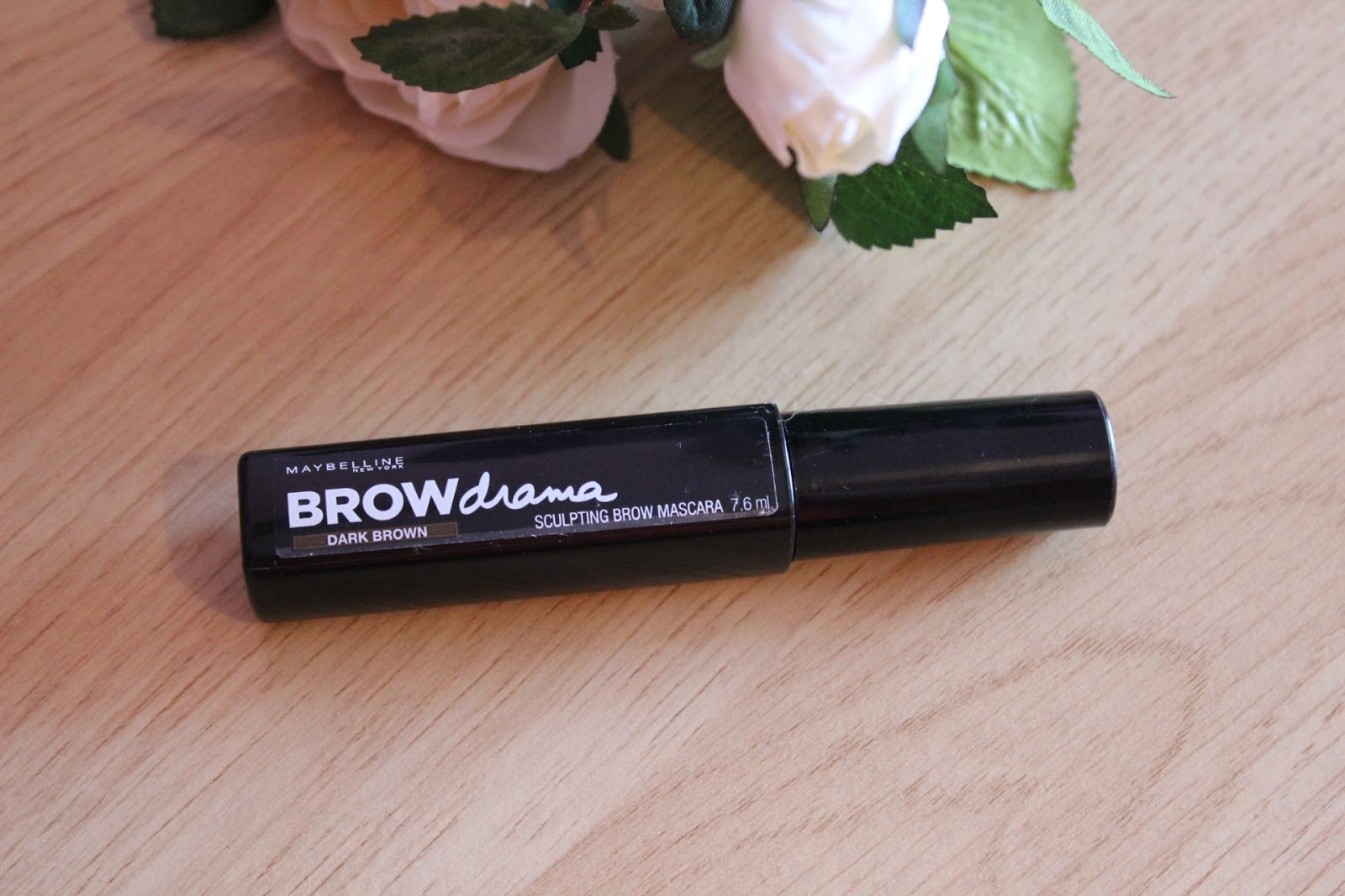 Gel mascara for brows