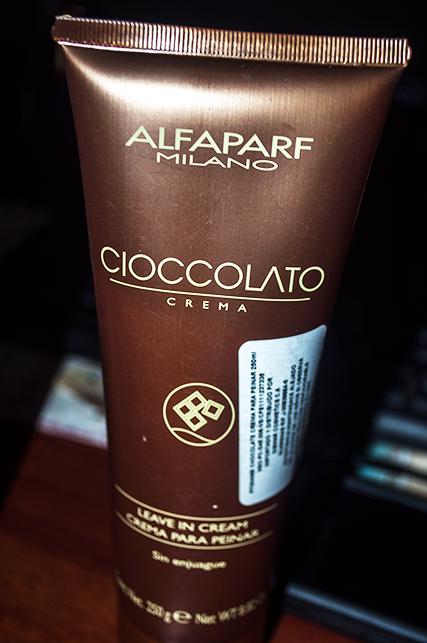 Crema para peinar Cioccolato de Alfaparf Milano  promete proteger los  cabellos de los agentes externos ca6f0b3359a7