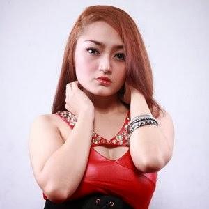 Foto Seksi Siti Badriah