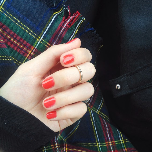 nyc, travel, trip, nails, red nail, plaid scarf, fashion blogger