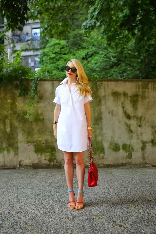 roupas da moda, chemise, vestido camisa branco, moda feminina, bolsa vermelha e sandália