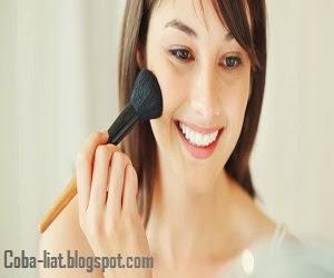 Make up minimalis