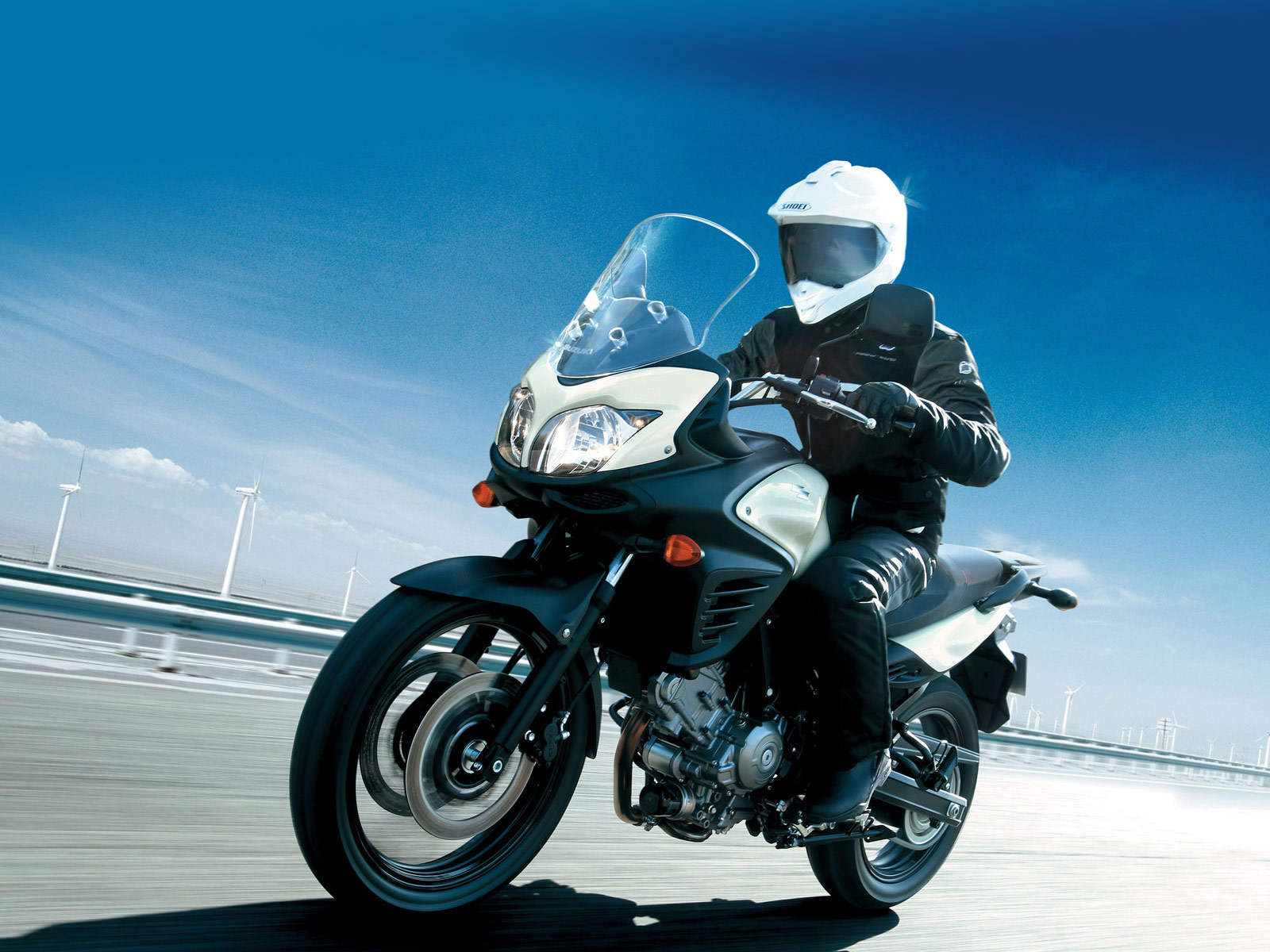 http://2.bp.blogspot.com/-_c1lsD56XlY/Tpz7dO89TmI/AAAAAAAACdU/uz4GDEBHn98/s1600/2012-Suzuki-VStrom-650-ABS_motorcycle-desktop-wallpaper_8.jpg