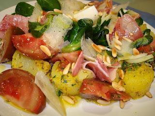 cabeza de jabalí ensalada patata vinagreta mostaza
