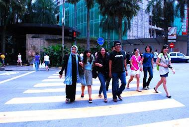 After Medan's Show, Marissa Haque, Ikang Fawzi, Isabella Fawzi, Chikita Fawzi di Syah Alam, Malaysi