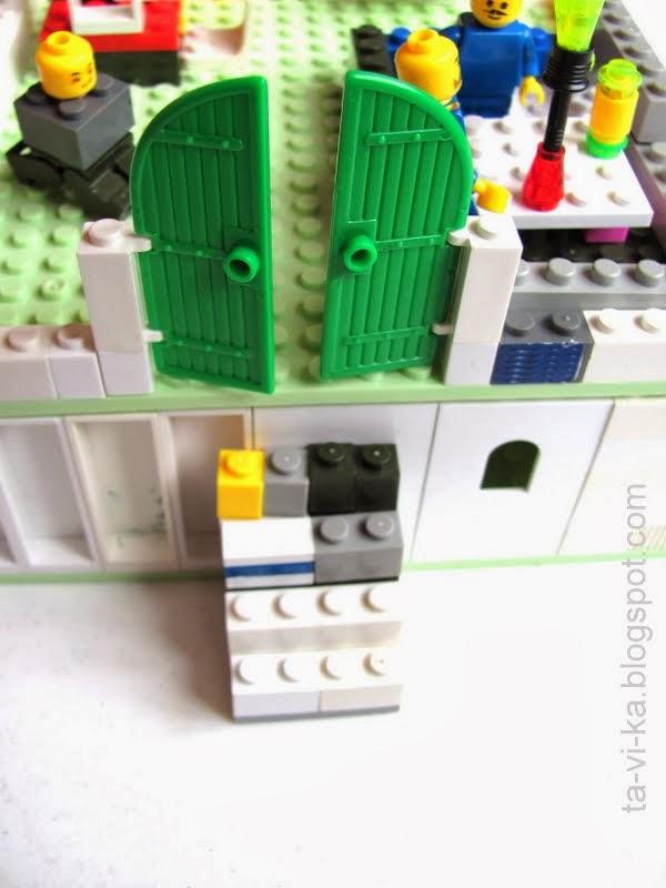 дом из lego