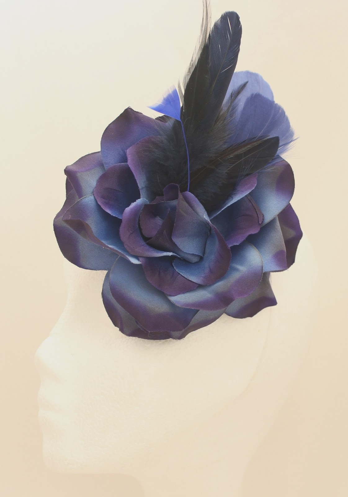 Colección Zinnia - Tocado Boche Azul Bouquet