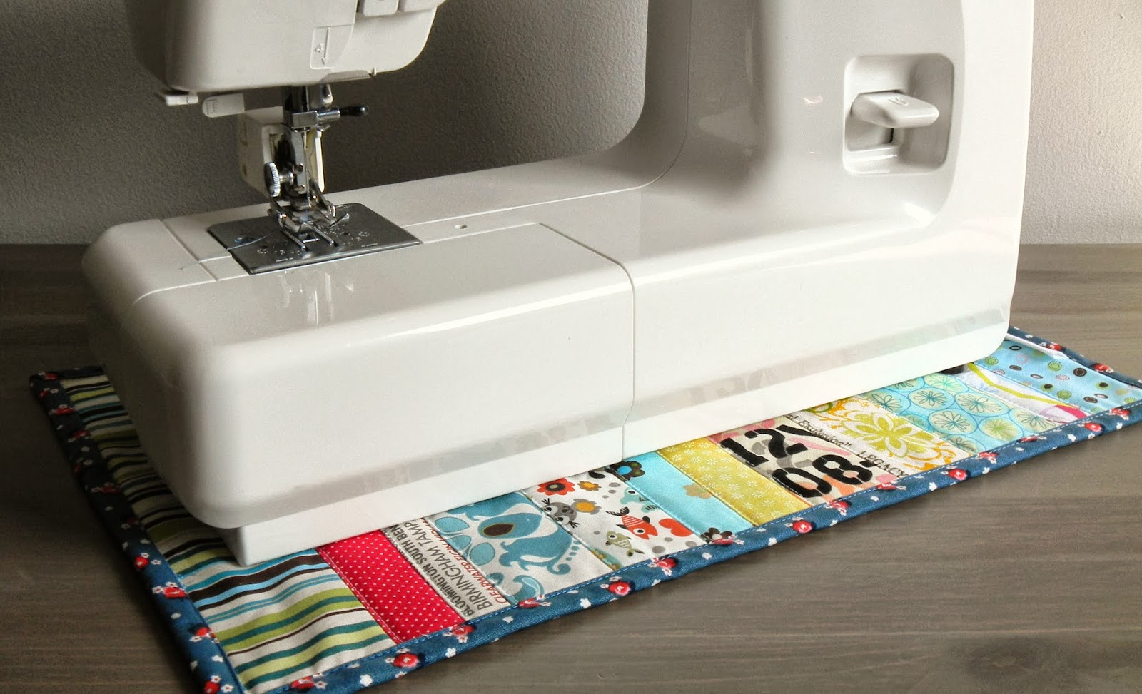 quilted sewing machine mat