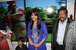 Anjali at Yes Mart Superstore Launch Photo Gallery