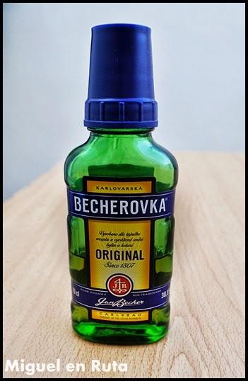 Becherovka-Gastronomía-República-Checa_8