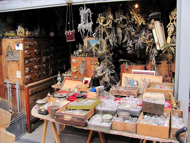 Pais Flea Market St Ouen Les Puces