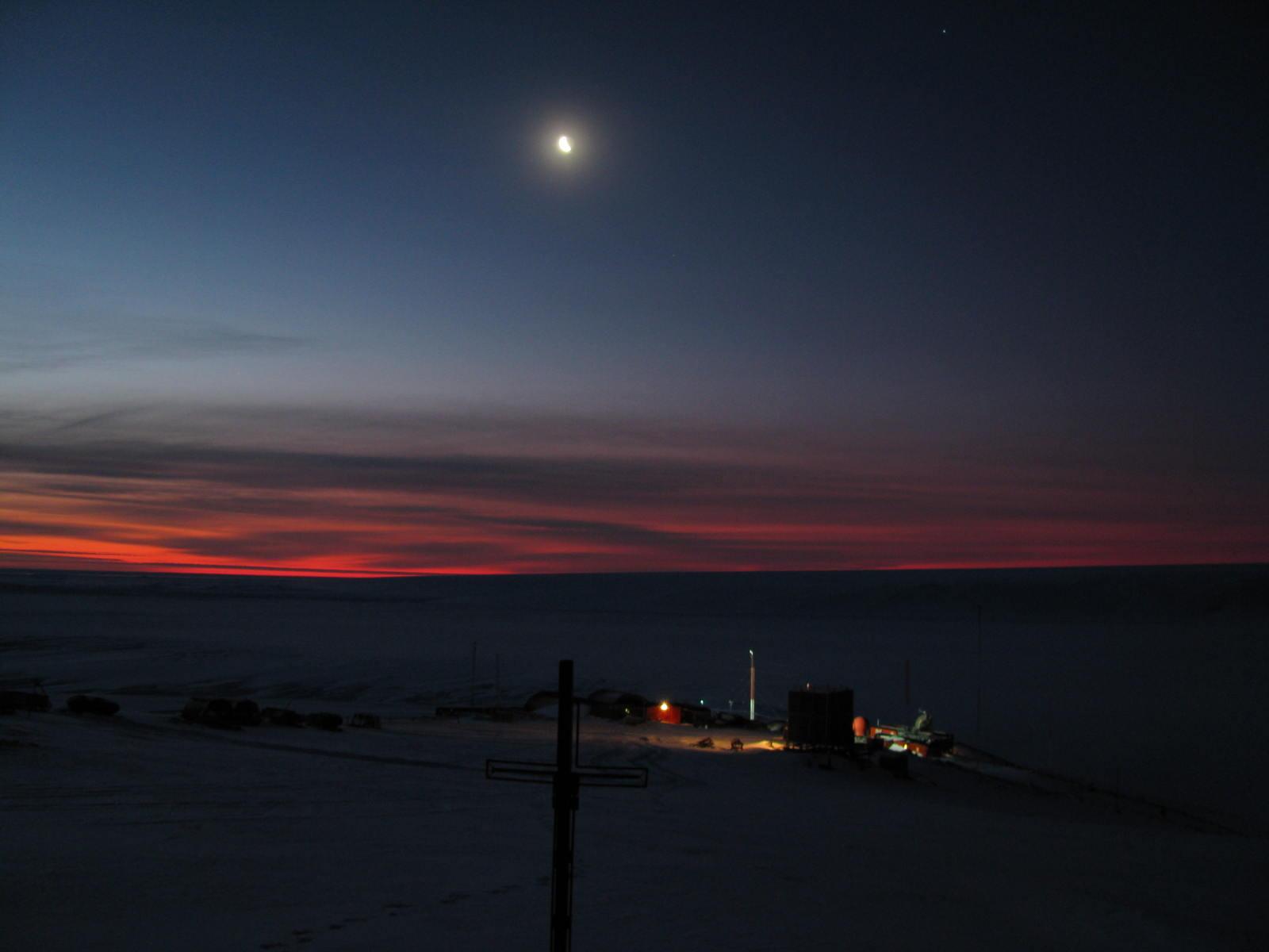 The Northern Lights Polar Nights And Midnight Sun