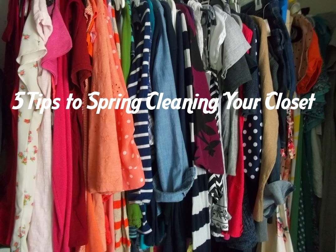 5 Tips to Spring Cleaning Your Closet. http://mybowsandclothes.blogspot.com/. #spring #clean #styleblogger #sblogger #closet
