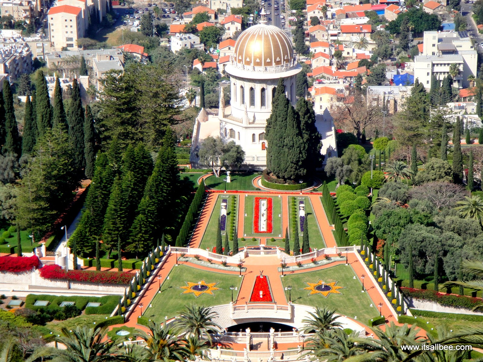 Haifa | Peace and Harmony in the Ba'hai Gardens