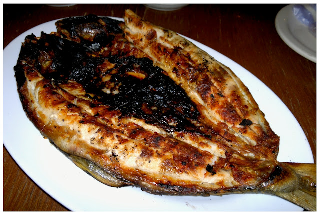 grilled milkfish or inihaw na bangus served by Matutina's Restaurant in Dagupan City Pangasinan